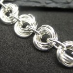 Rosette chainmaille love knot jewelry