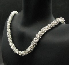 Turkish roundmaille on bust close up front