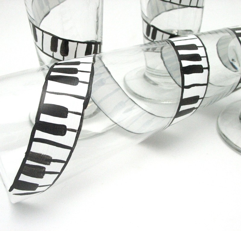 hand painted pilsner beer glass black white music piano