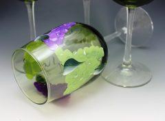 Green tint grapes flat on dark
