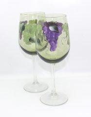 Green tint grapes pair
